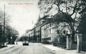 Olgastraße. Wagen 10 auf Linie 1 oder 4 (Ringlinie), Richtung Stuttgarter Tor.